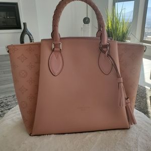 Lv purse new